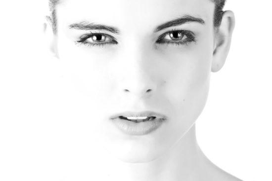 Asthaxantine-Viasage-femme-soins-Jean-Marc-Fraiche-VousEtesUnique.com