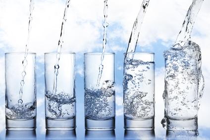 boire-eau-Jean-Marc-Fraiche-VousEtesUnique