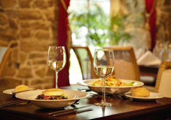 restaurants-gastronomiques-pour-un-diner-d-exception-Jean-Marc-Fraiche-VousEtesUnique.com